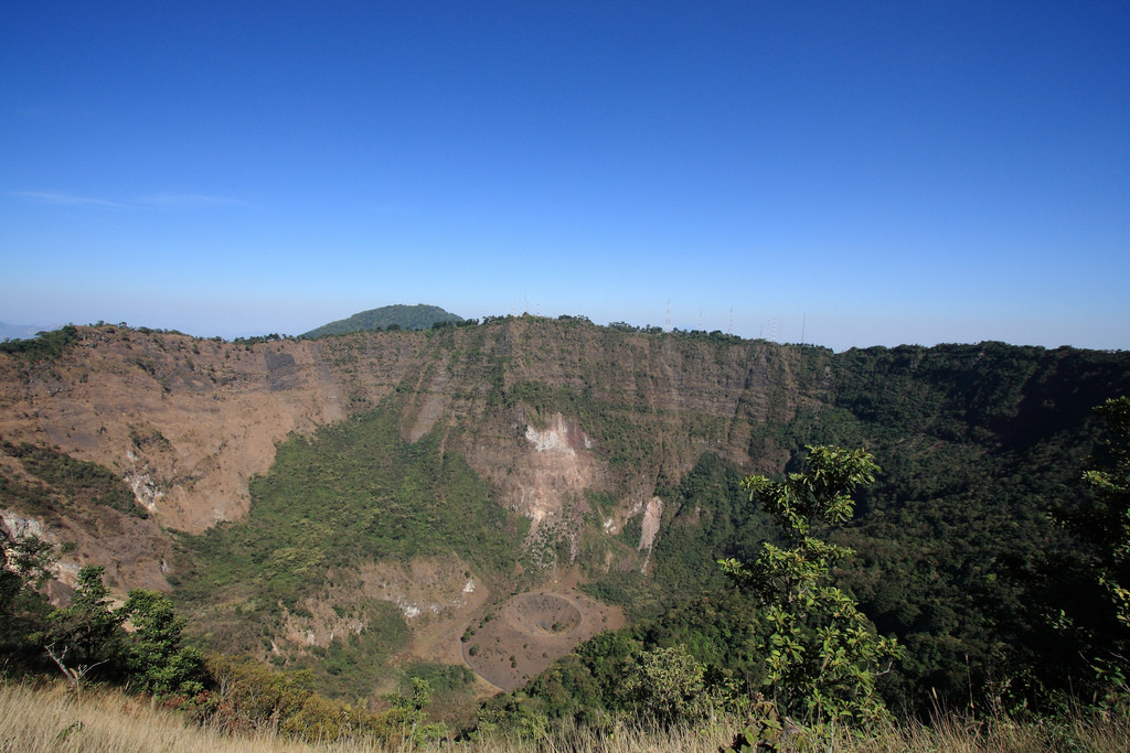 Boqueron volcano crater