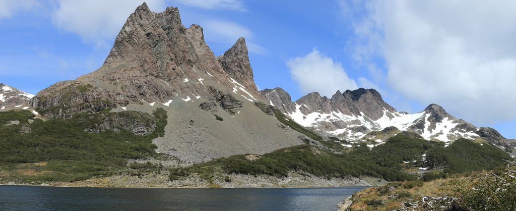 Lindenmayer mountains above Laguna Martillo