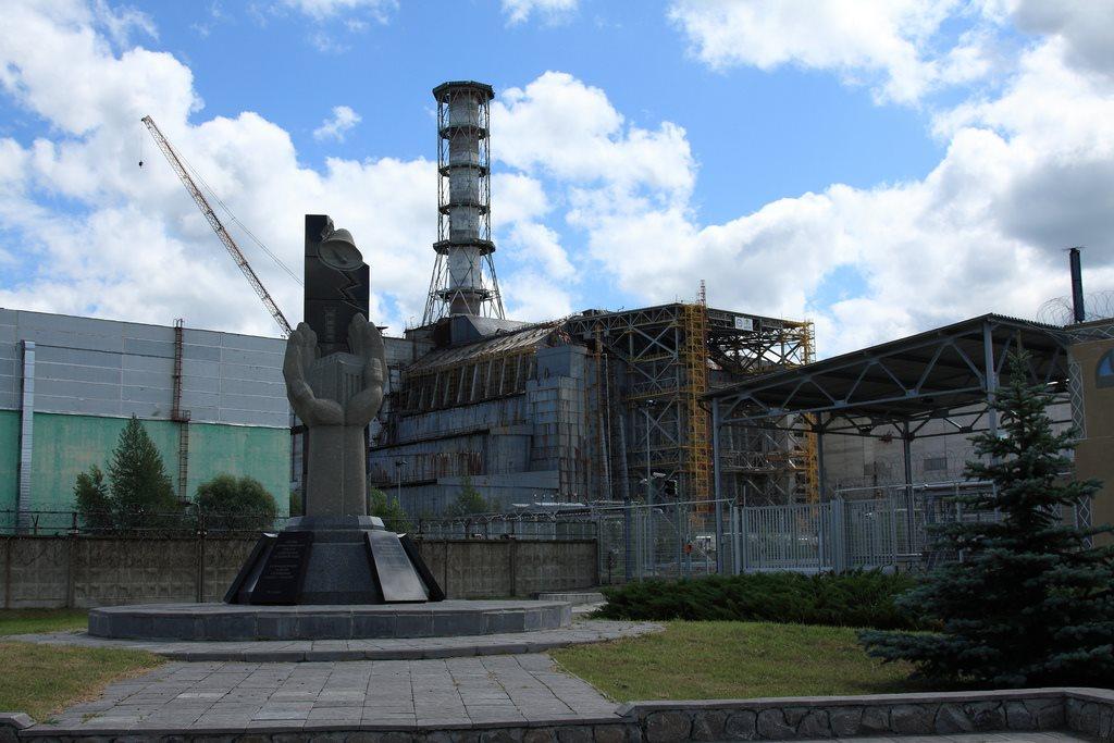 Chernobyl tour - concrete sarcophagus over reactor 4