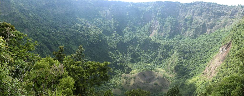 Boqueron volcano crater panorama