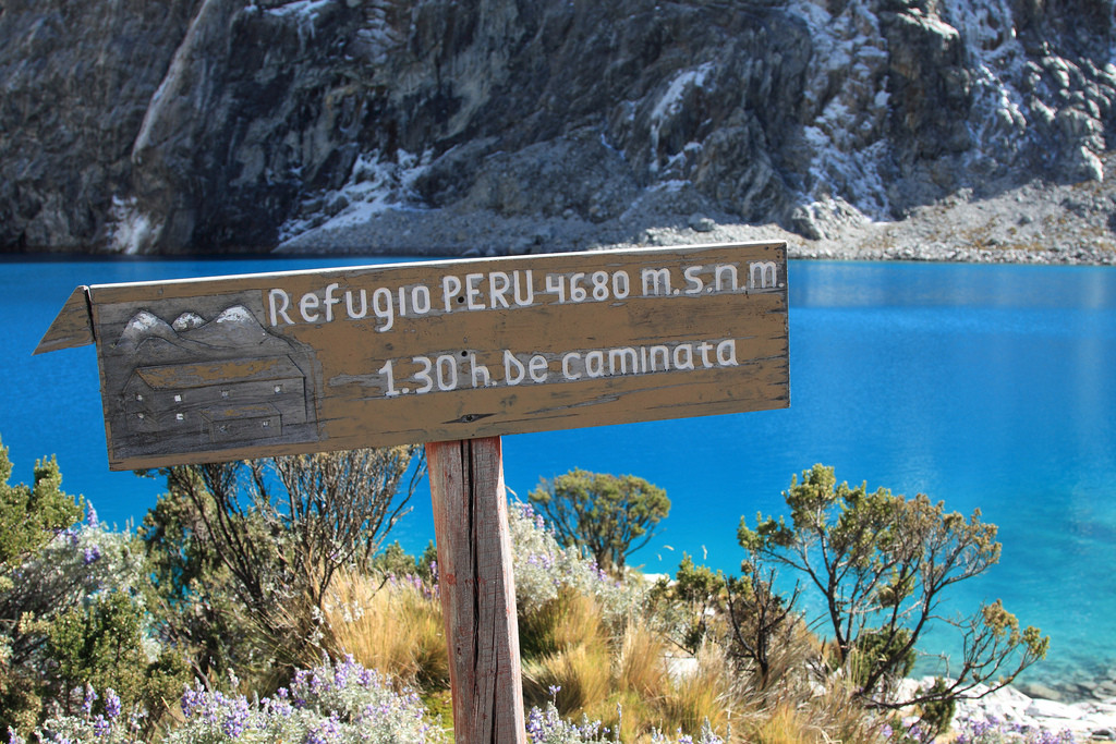 Sign at Laguna 69